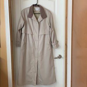 Women's Charles Klein khaki trenchcoat size 4